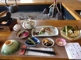 指月会座禅・写経入門と摘み草料理を楽しむ会