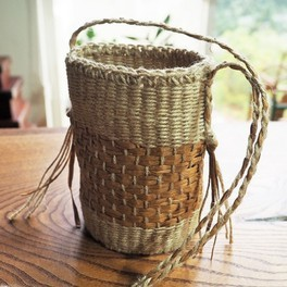 TOCCOさんと輪織りで麻ひもの丸底ポシェットをつくる時間