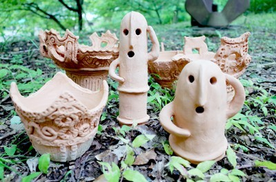 夏の自由工作「埴輪or縄文土器」作り