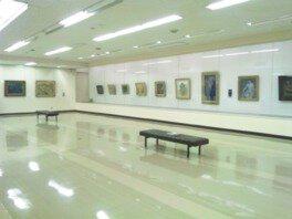 別府市美術館