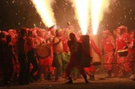 【2019年7月27日(土)中止】新居諏訪神社奉納煙火祭礼(遠州新居手筒煙火)