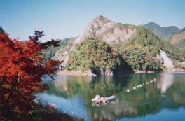日向神峡の紅葉