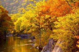 滝上渓谷 錦仙峡の紅葉