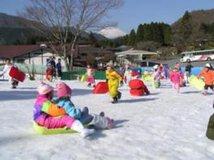 箱根園 雪・そり遊び広場