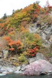 村立自然公園 赤岩青巌峡の紅葉