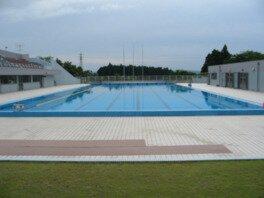 七尾城山水泳プール