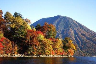 日光(中禅寺湖湖畔)の紅葉
