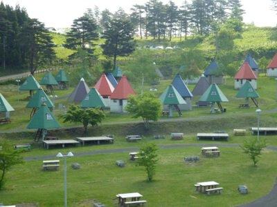 名川チェリリン村