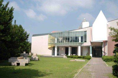 芦屋市立美術博物館