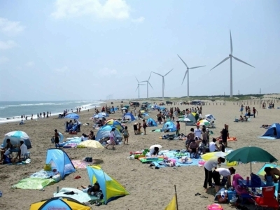 【2020年営業中止】日川浜海水浴場