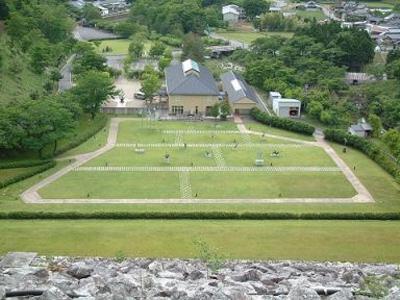 あさご芸術の森美術館-淀井敏夫記念館-