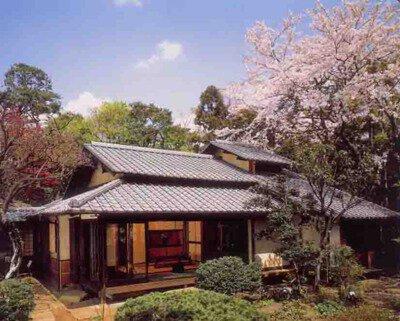 新宿区立 林芙美子記念館