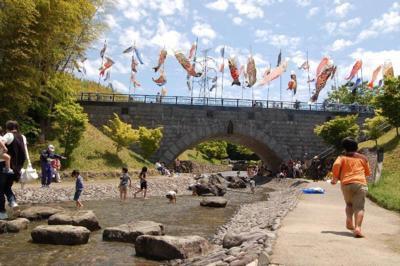 高田濃施山公園