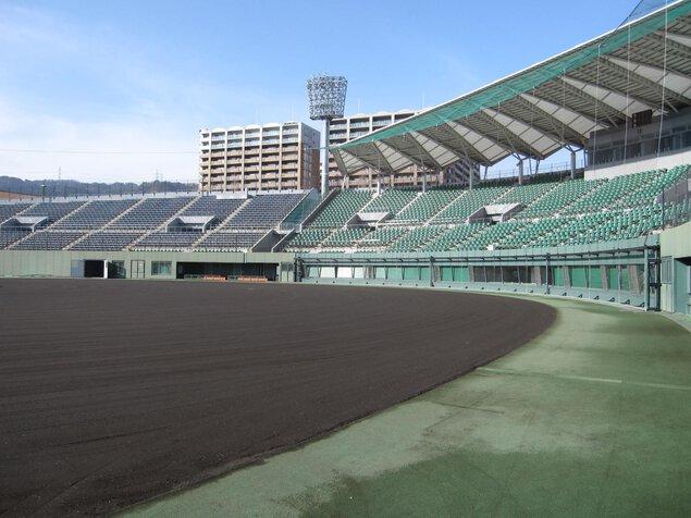 皇子山総合運動公園野球場