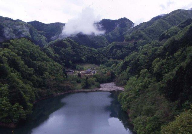 東京都立奥多摩湖畔公園 山のふるさと村