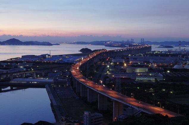 聖通寺山山頂展望台の夜景