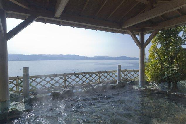 海風が心地良い温泉露天風呂