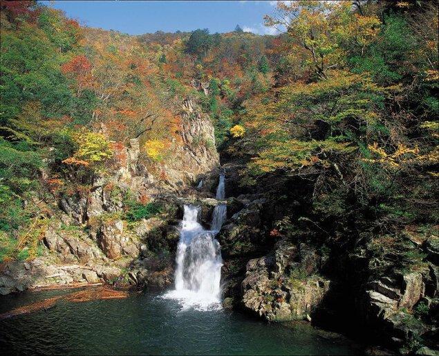 三段峡(二段滝・三段滝・三ツ滝)の紅葉