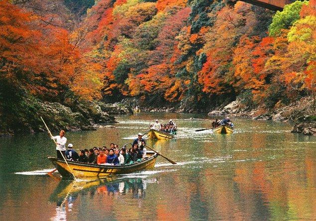保津峡(保津川下り)の紅葉