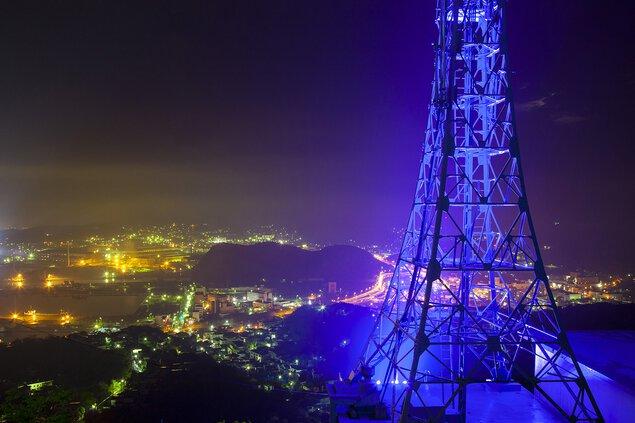 測量山展望台の夜景