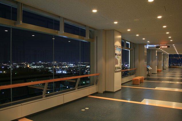 栃木県庁 15階展望ロビーの夜景