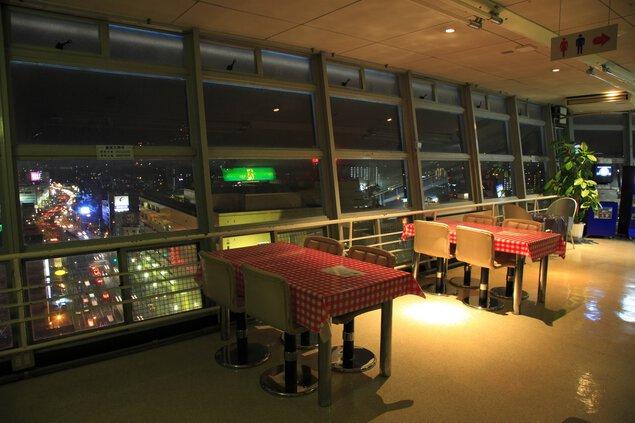別府タワーの夜景