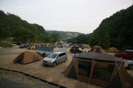 スノーピーク箕面自然館/キャンプフィールド
