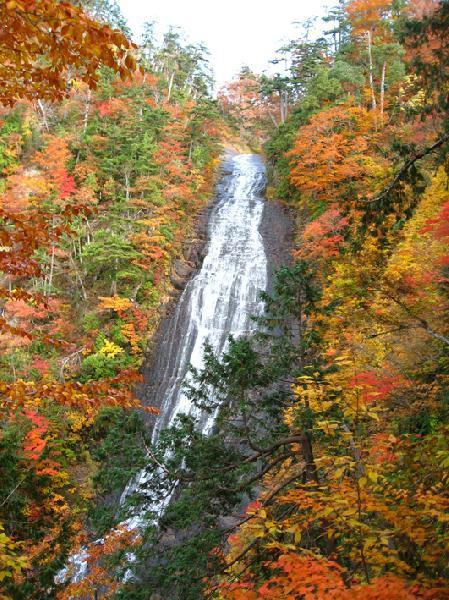立又渓谷(幸兵衛滝)の紅葉