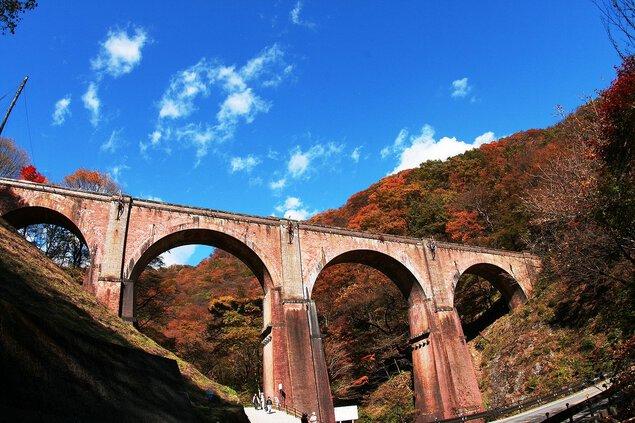 碓氷第三橋梁(めがね橋)の紅葉