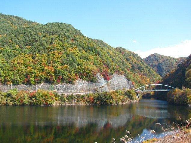 みずがき湖周辺の紅葉