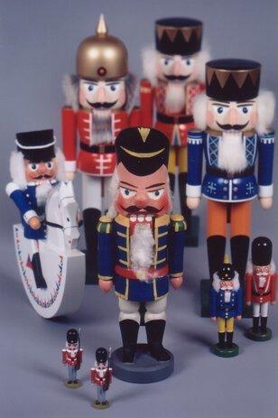 受け継がれる木工おもちゃのルーツ探求! ~エルツ地方の伝統工芸~ (前期)