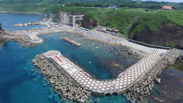 元和台海浜公園「海のプール」