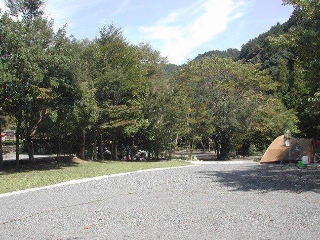 福士川根熊山荘ファミリーオートキャンプ場