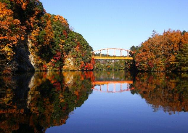 亀山湖の紅葉