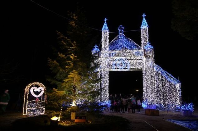 日本のクリスマスは山口からイルミネーション