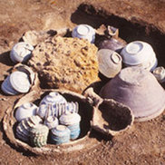 博多遺跡群出土資料重要文化財指定記念 中世都市「博多」の逸品たち
