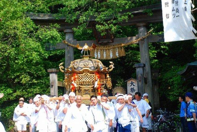 上条まつり(長瀬神社春季祭礼)