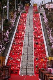 百段階段でひな祭り
