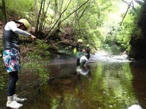 川を歩きながらちょい釣り フィッシングリバーウォーク