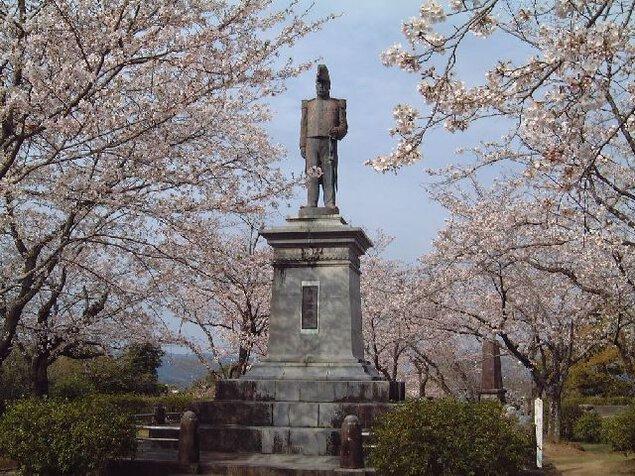 延岡城跡公園の桜