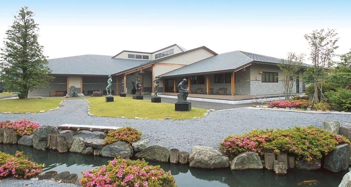 サトエ記念21世紀美術館