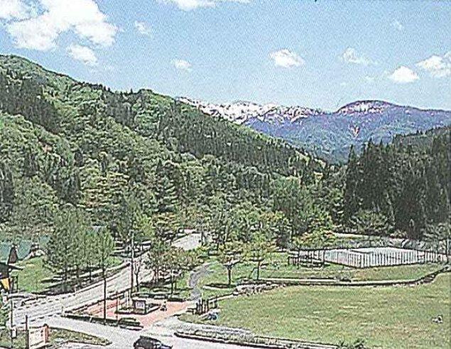 白峰自然休養村緑の村