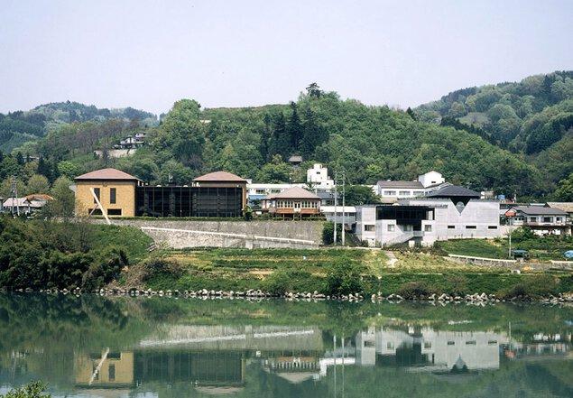 信州新町美術館・有島生馬記念館・信州新町化石博物館