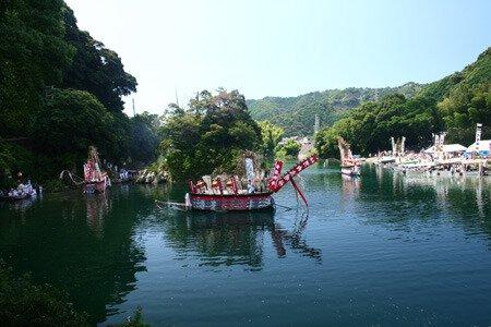 河内祭(御舟祭)