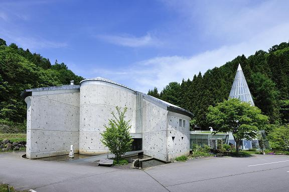 山ノ内町立志賀高原ロマン美術館
