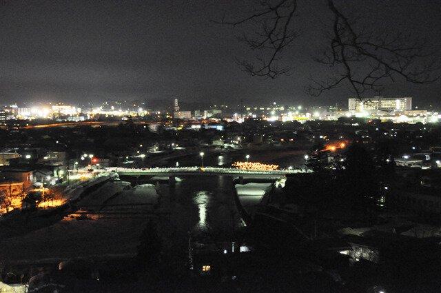 横手公園の夜景