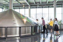 サントリー 〈天然水のビール工場〉 東京・武蔵野【工場見学休止】