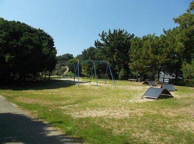 片男波公園