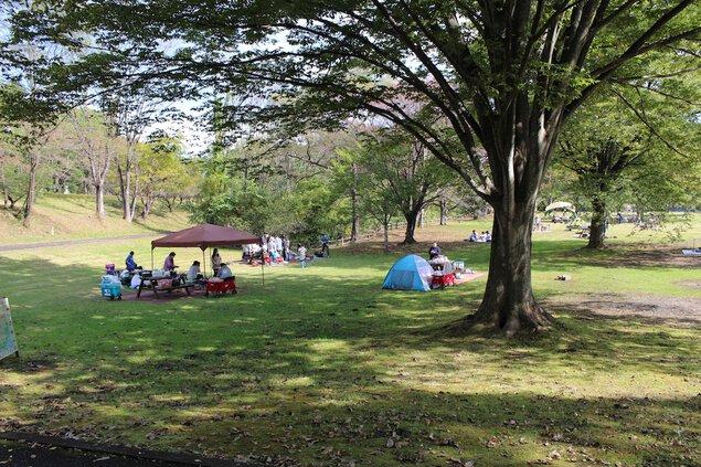 国営みちのく杜の湖畔公園 みちのく公園 いも煮会ひろば