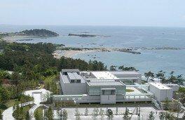 【臨時休館】神奈川県立近代美術館 葉山
